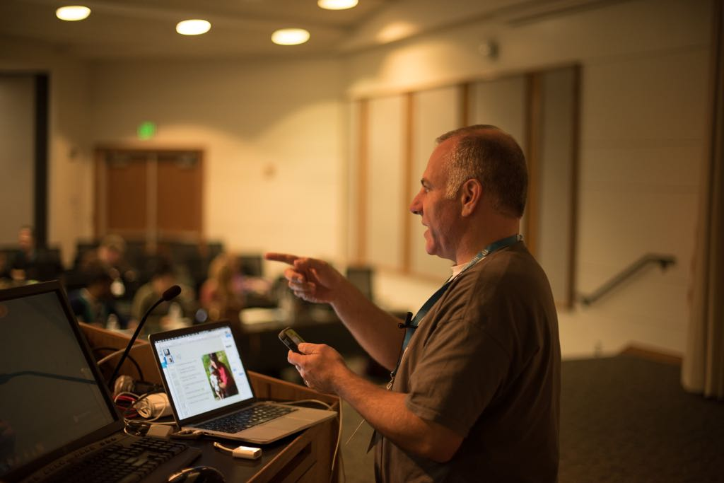 Tony Zeoli presents on Winning SEO Strategies with WordPress at WordCamp Hampton Roads 2015